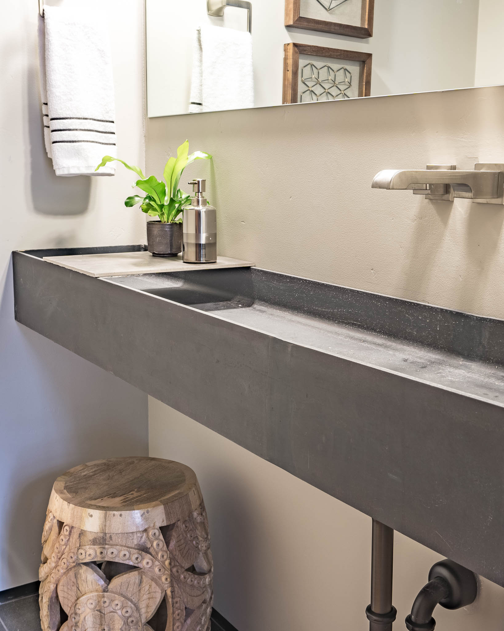 Steel beam sink