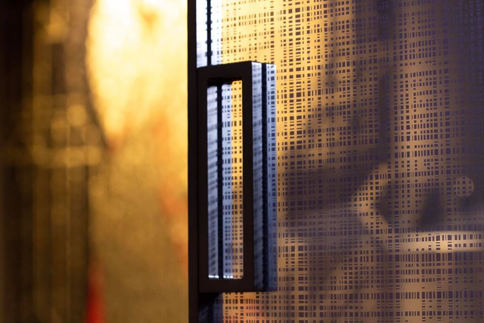 Elegante porta scorrevole Henry Glass