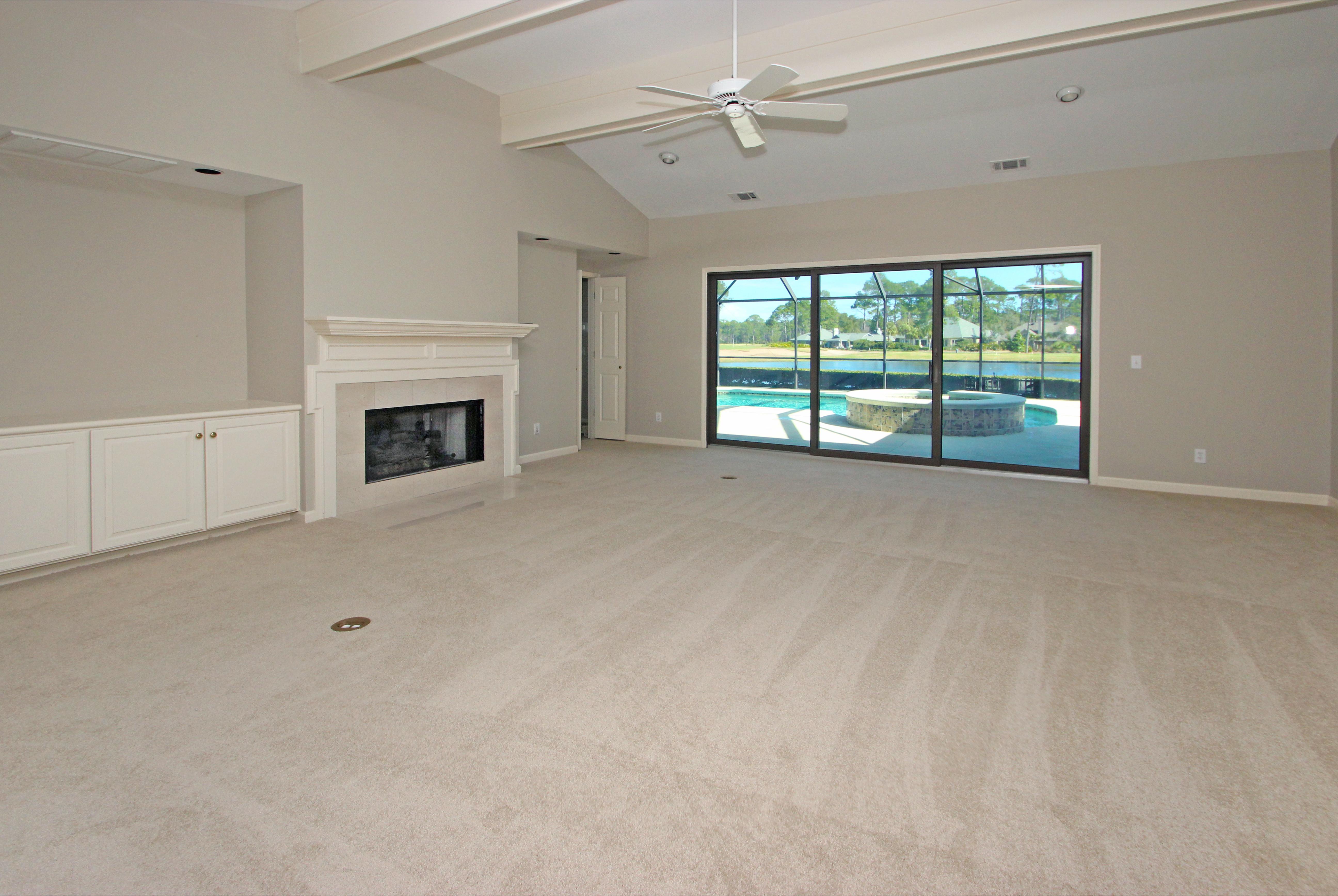 HI - Living room