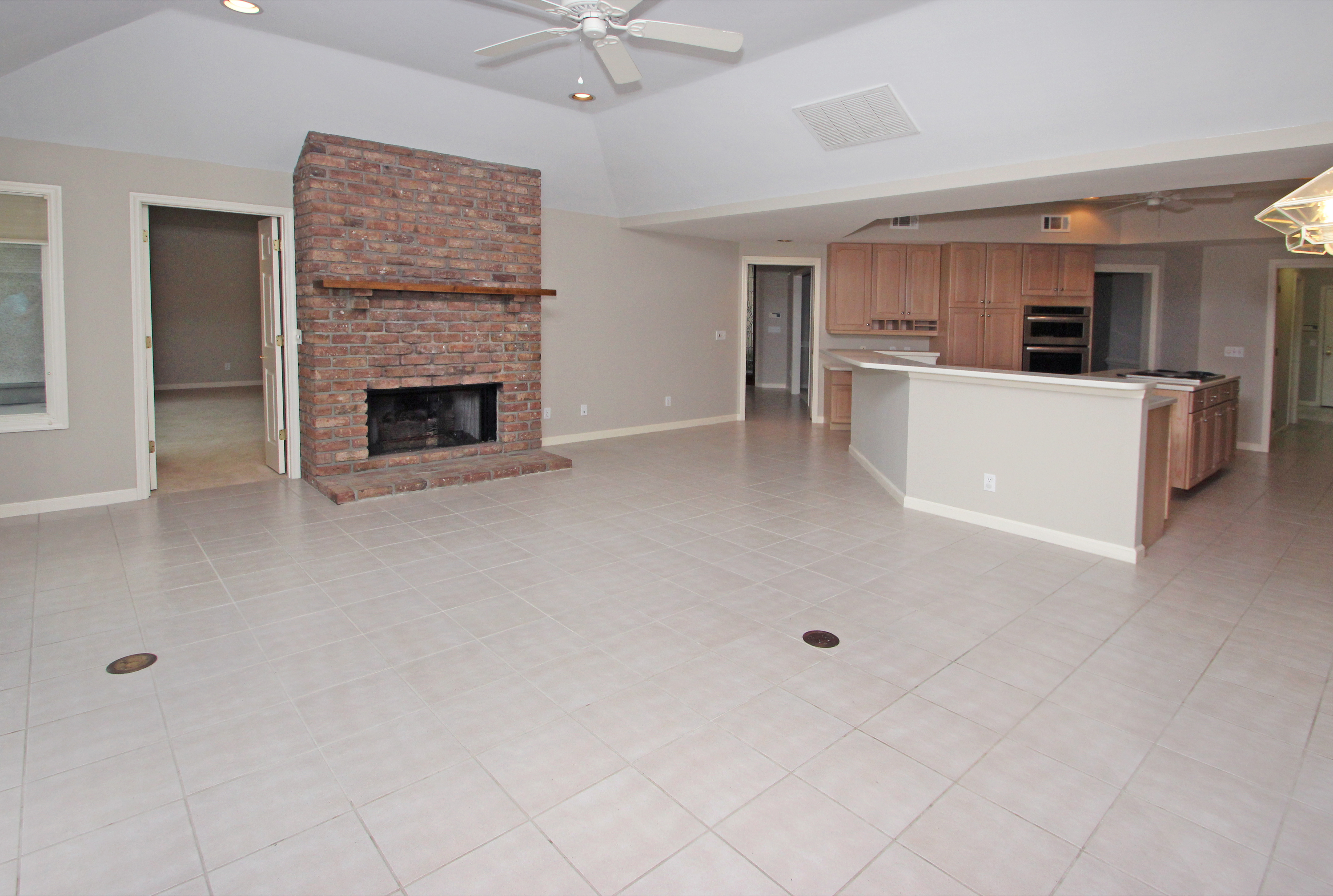 HI - Family room with fireplace
