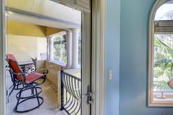Bed 7 balcony