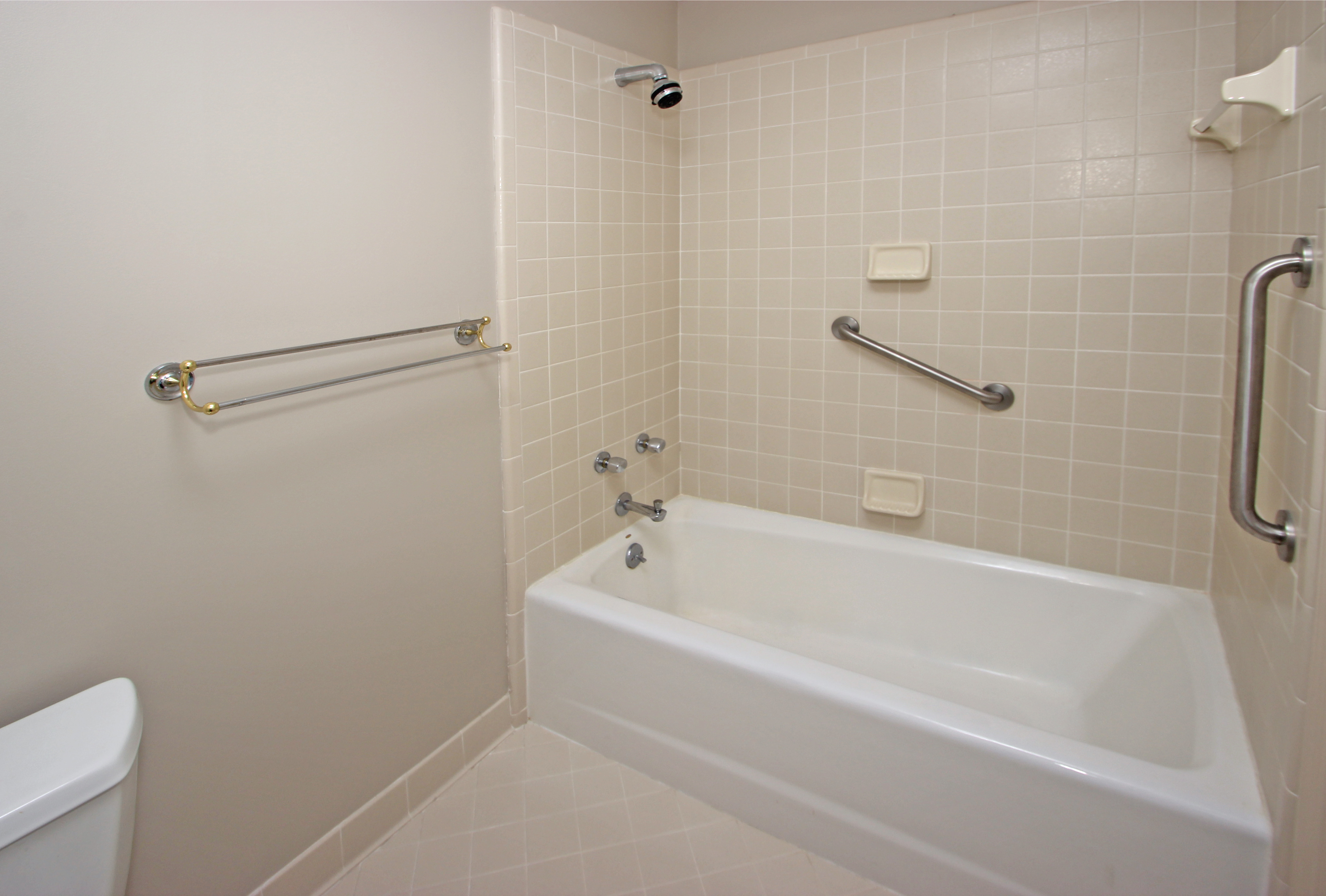 HI -Guest bath - 2nd level 2