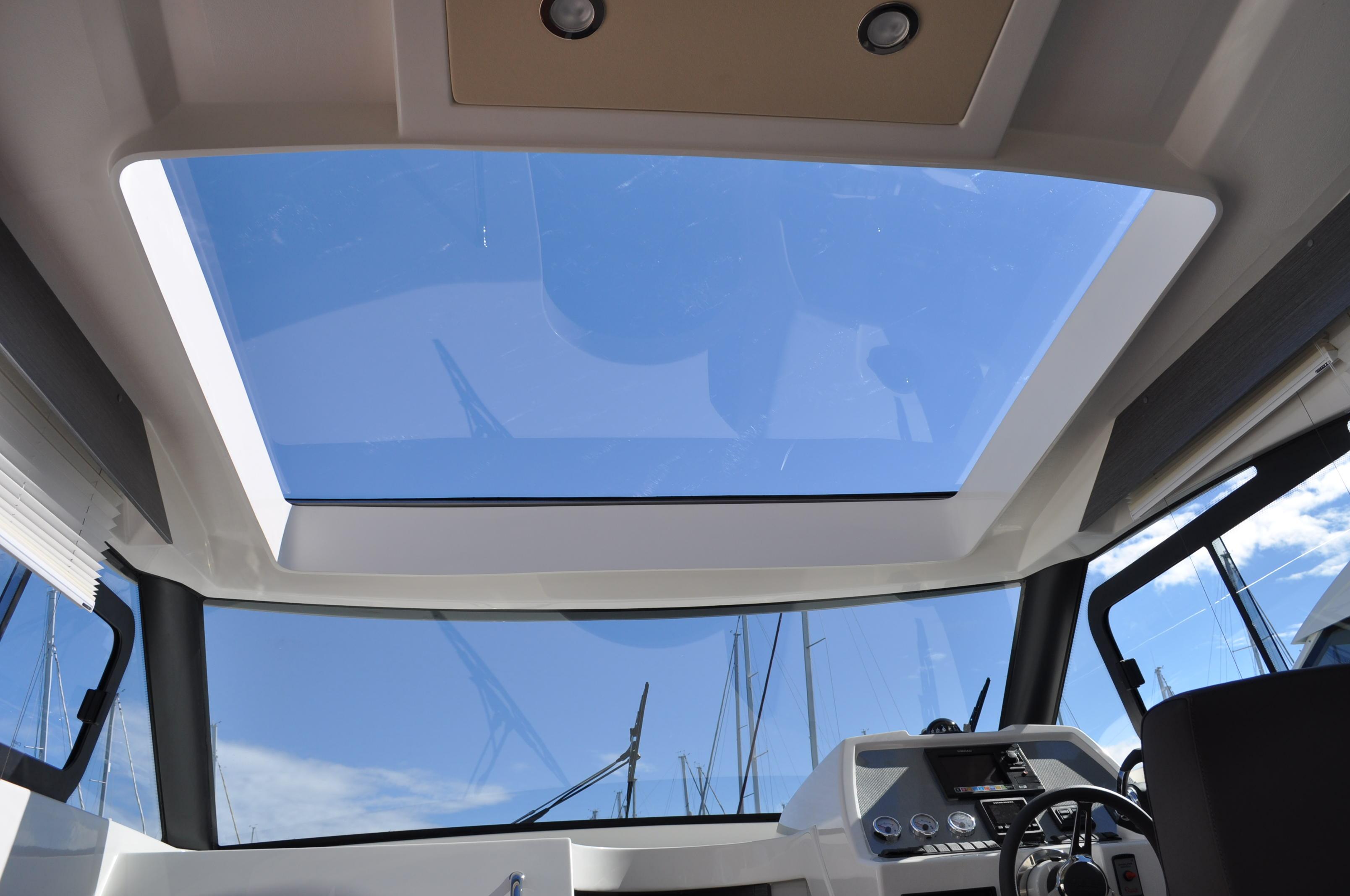 Sprit 31 Inboard (6)