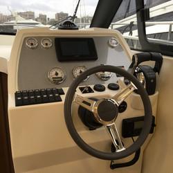 Rodman Spirit 31 Outboard (3