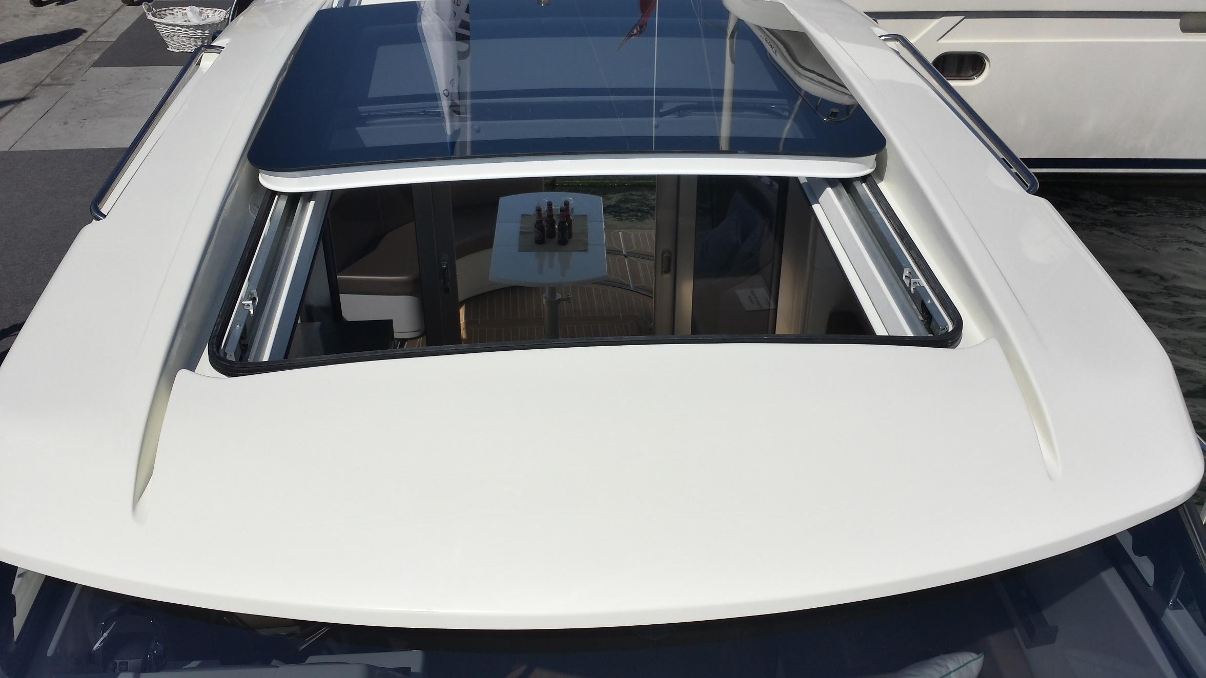 Sprit 31 Inboard (7)