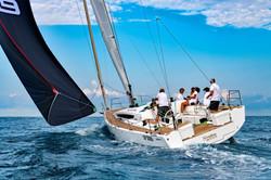 Elan E5 Sailing 2019 - 18
