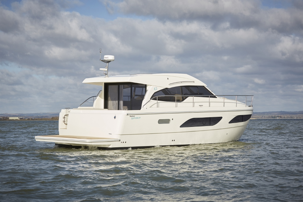 Rodman Spirit 42 Coupe - Press Image (25