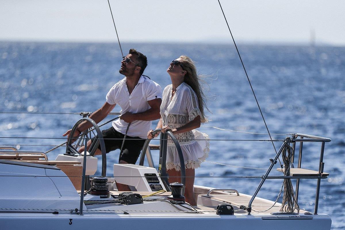 elan-gt-5-luxury-sailing-boat-9