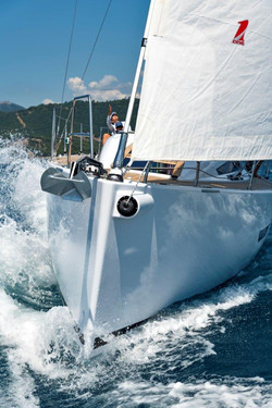 Elan E5 Sailing 2019 - 7
