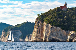 Elan E5 Sailing 2019 - 12