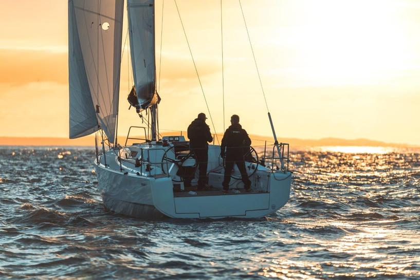 Elan E4 Sailing 2019 - 5.jpg