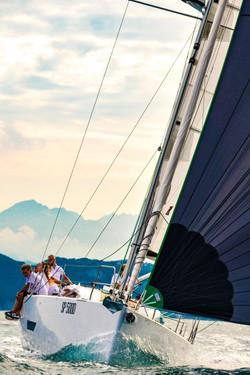 Elan E5 Sailing 2019 - 24