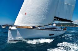 Elan E5 Sailing 2019 - 8