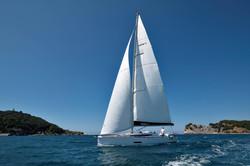 Elan E5 Sailing 2019 - 4
