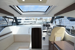 Sprit 31 Inboard (10)