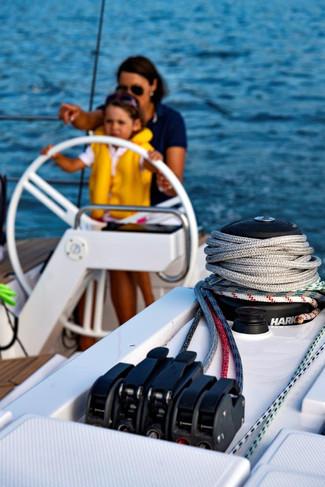 Elan E5 Sailing 2019 - 1.jpg