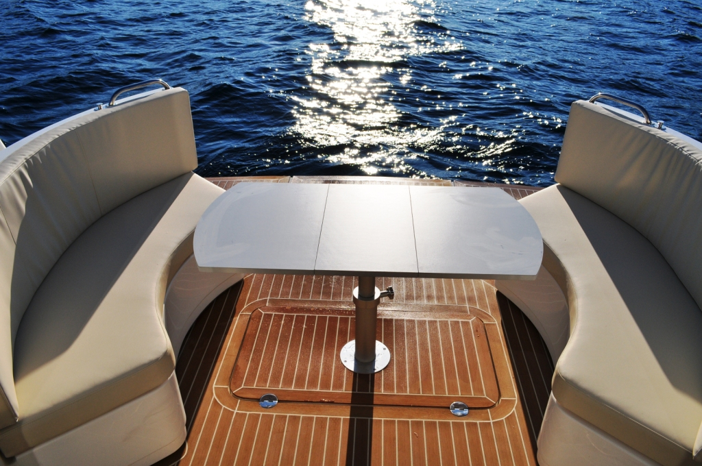 Sprit 31 Inboard (3)