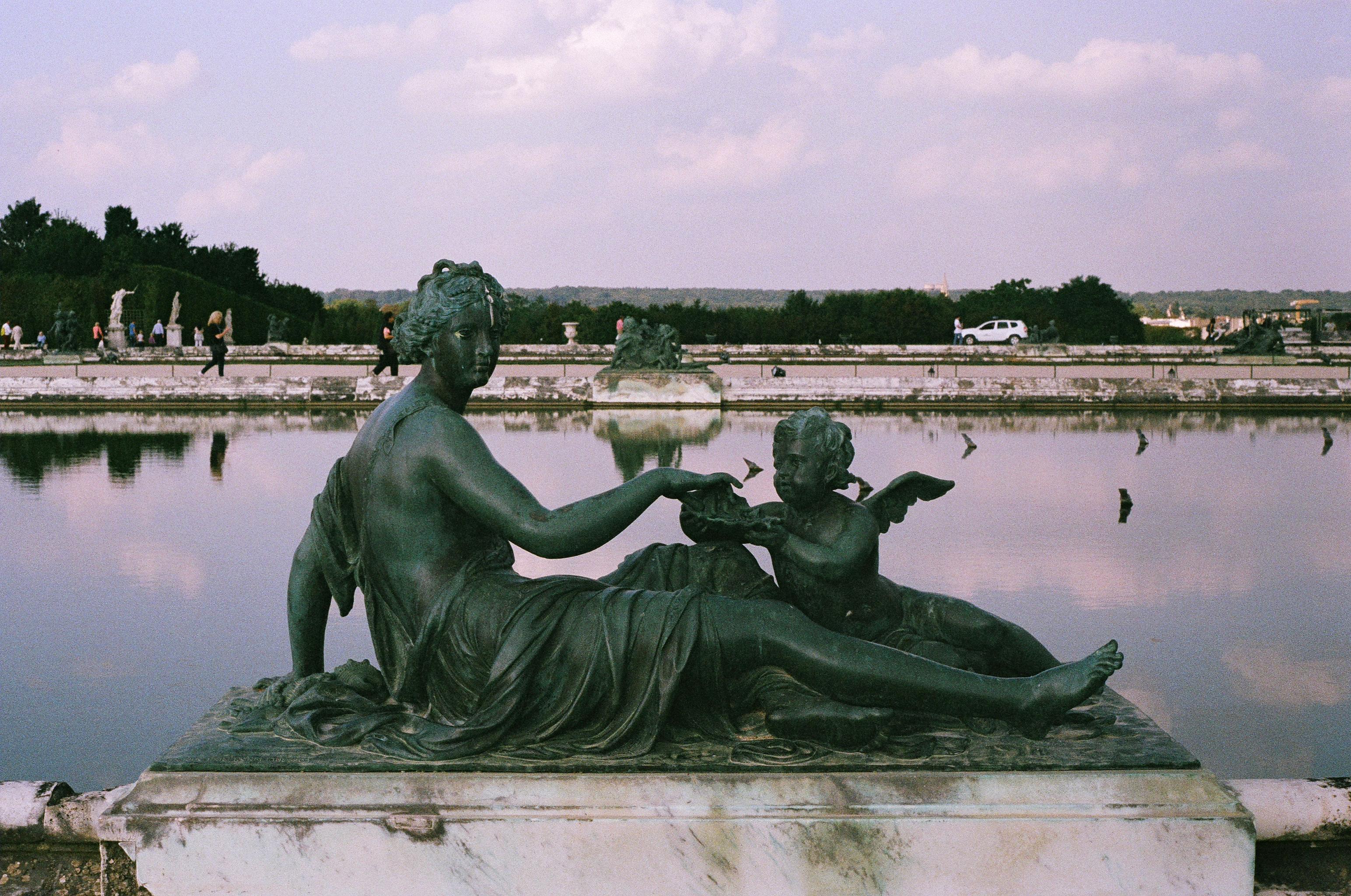Versailles III