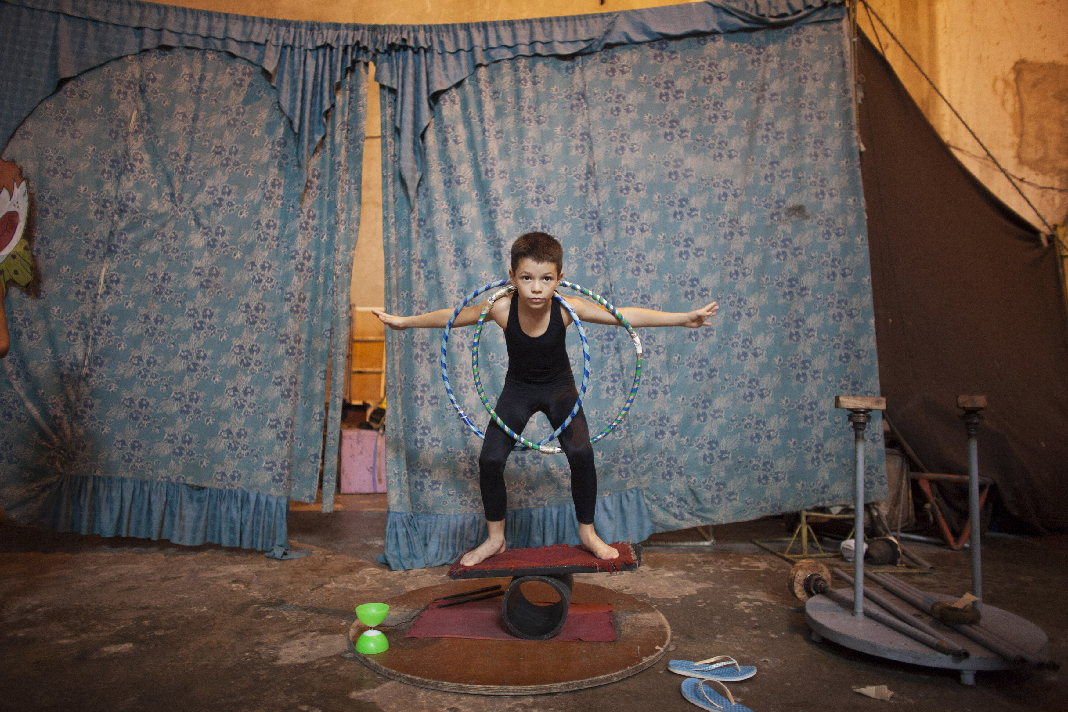 Cuban School of Circus - series