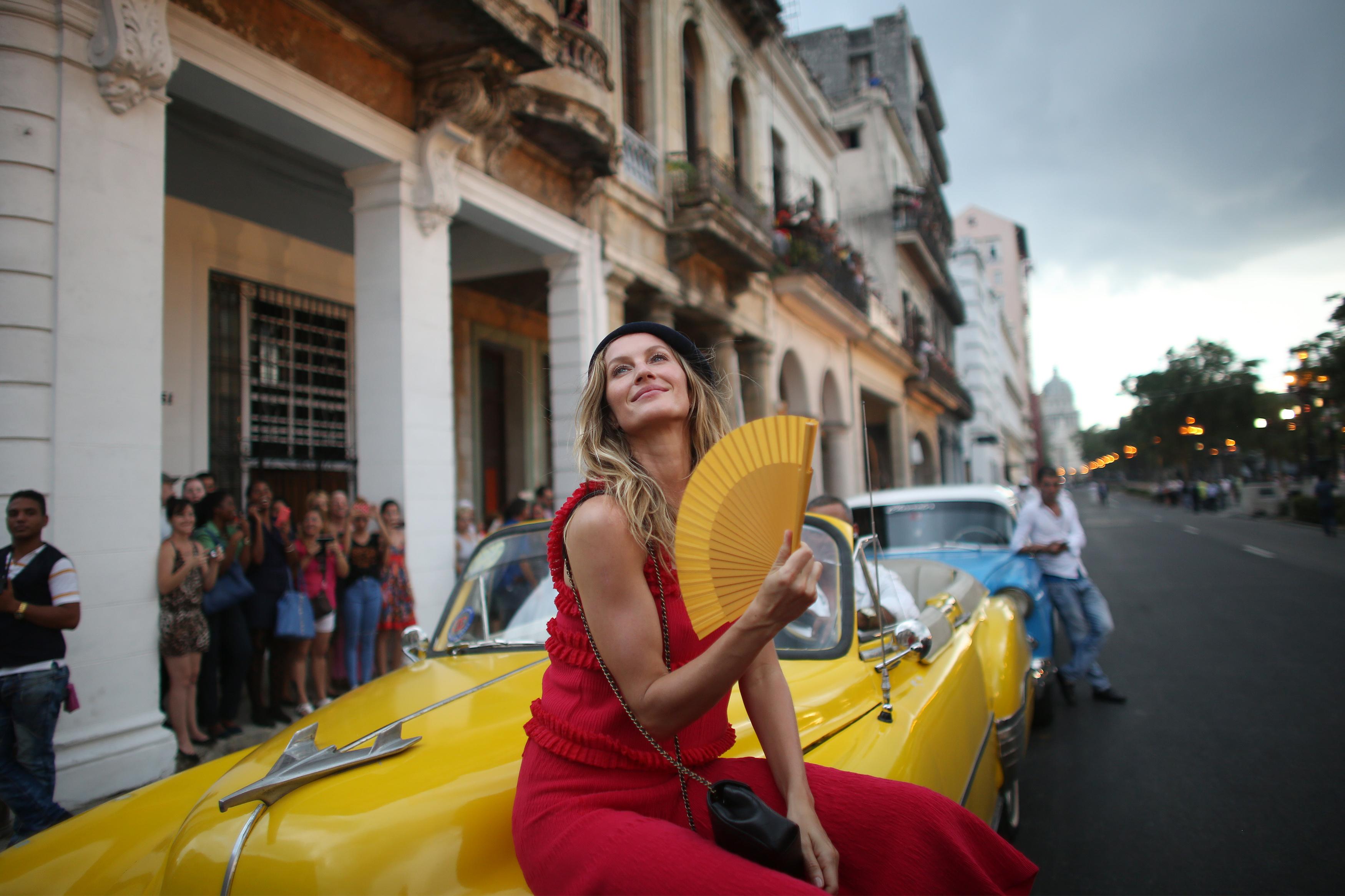 Chanel in Cuba - series