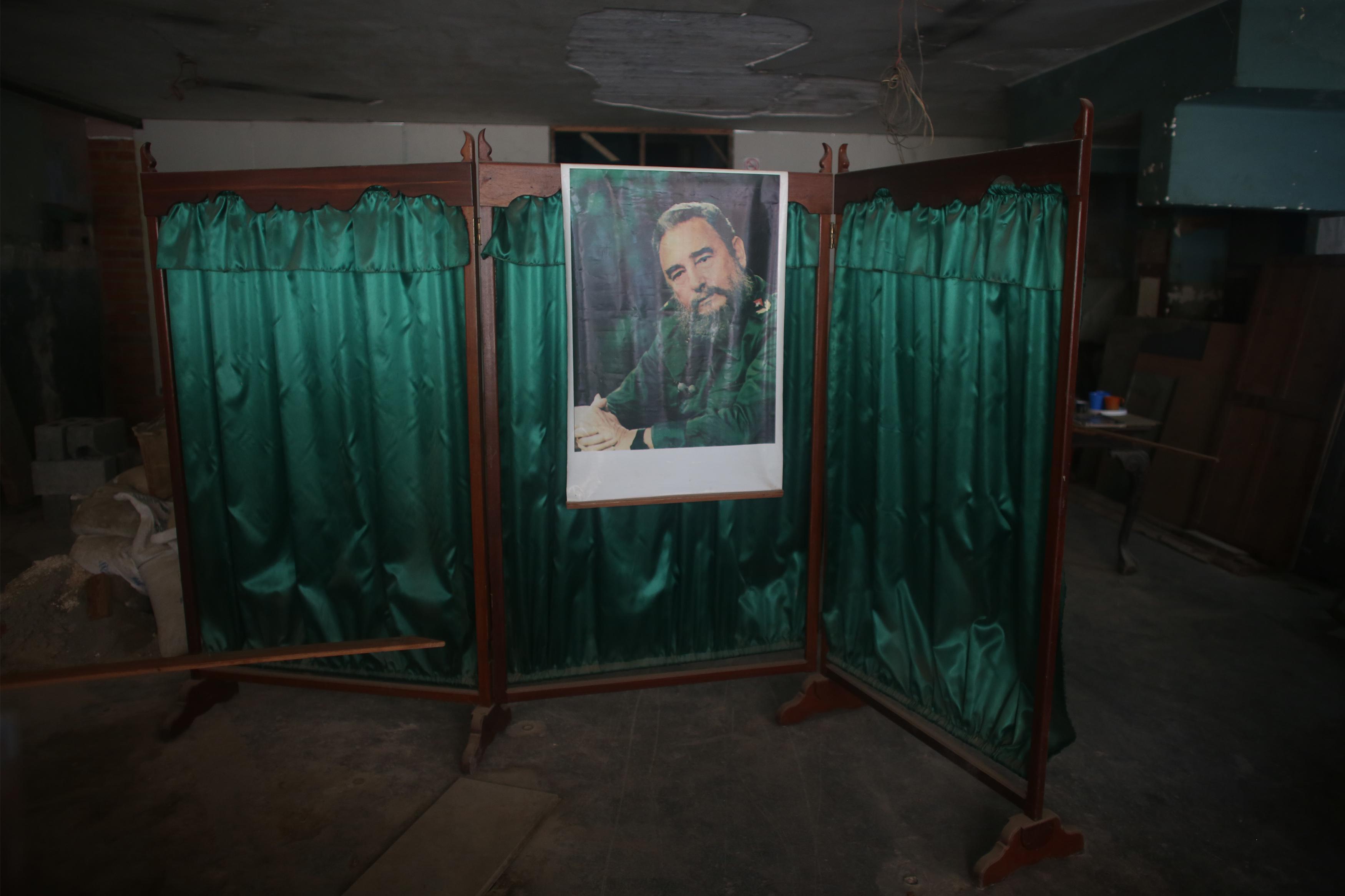 Fidel Castro, a portrait - series