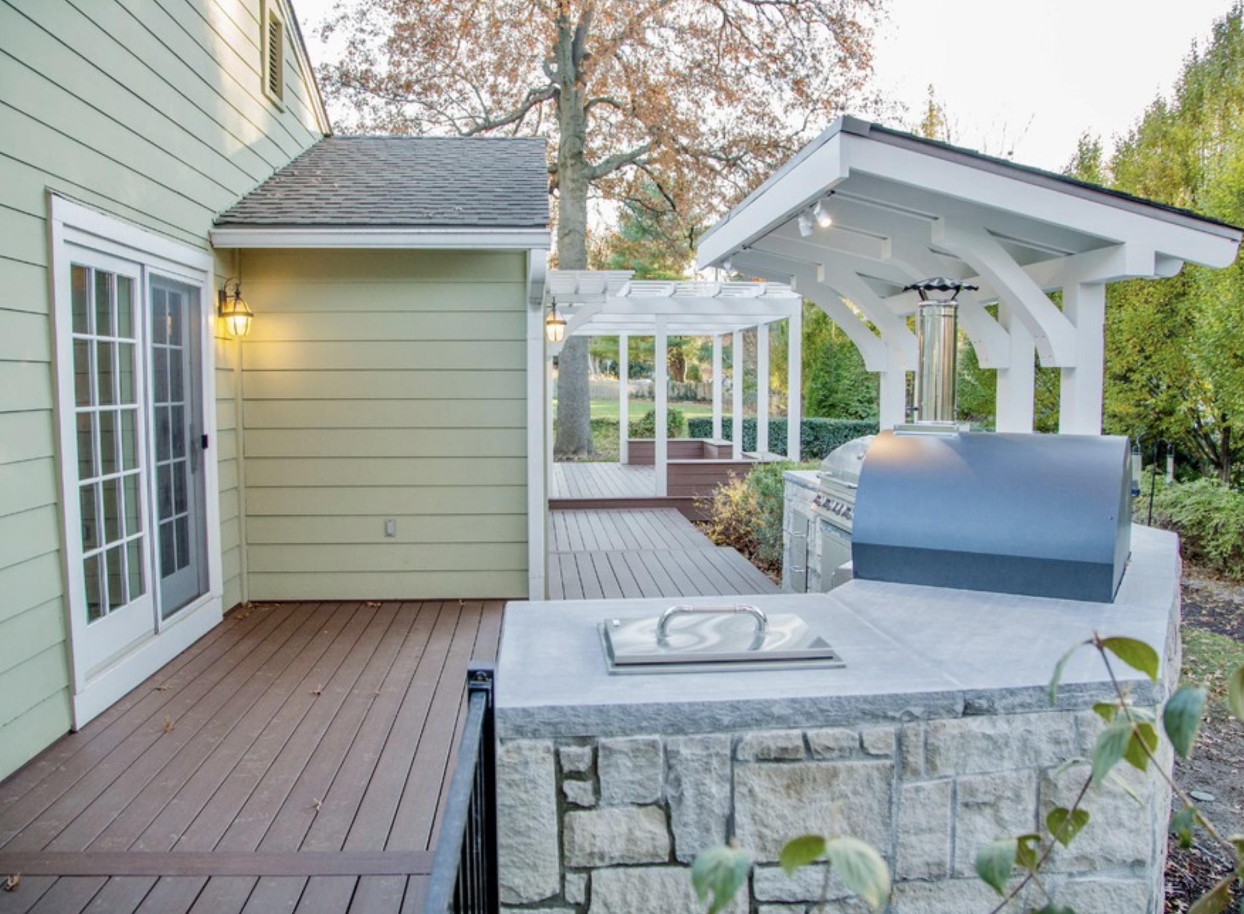 Deck outdoor Kitchen SR Interiors