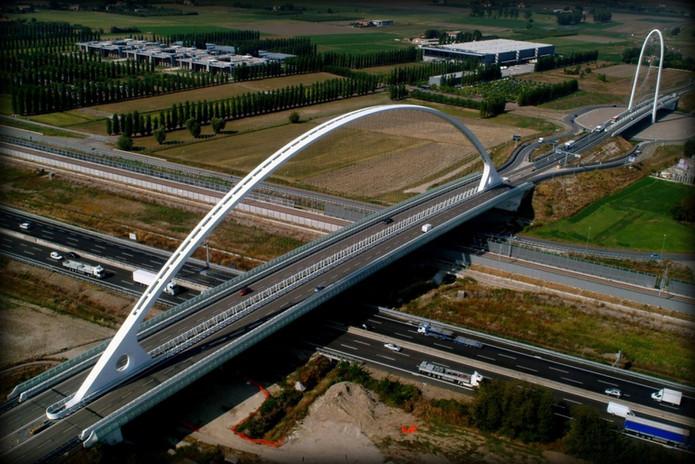 Alta Velocità_Ponte Calatrava_Mi-Bo.jpg