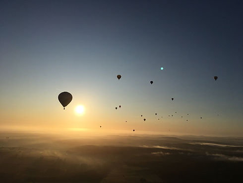 Volksbank Ballon im Massenstart