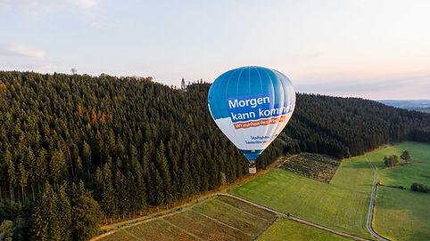 Volksbank Ballon kurz nach dem Start