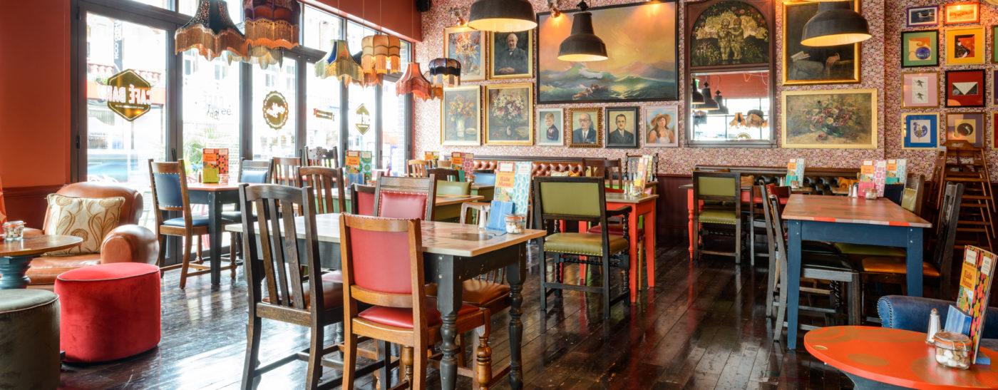 Molo Lounge. Southend