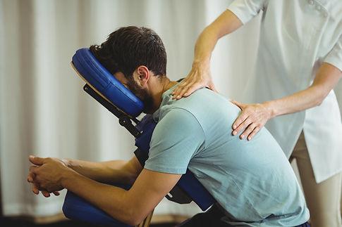 Massage assis ostéopathie entreprise paris les lilas