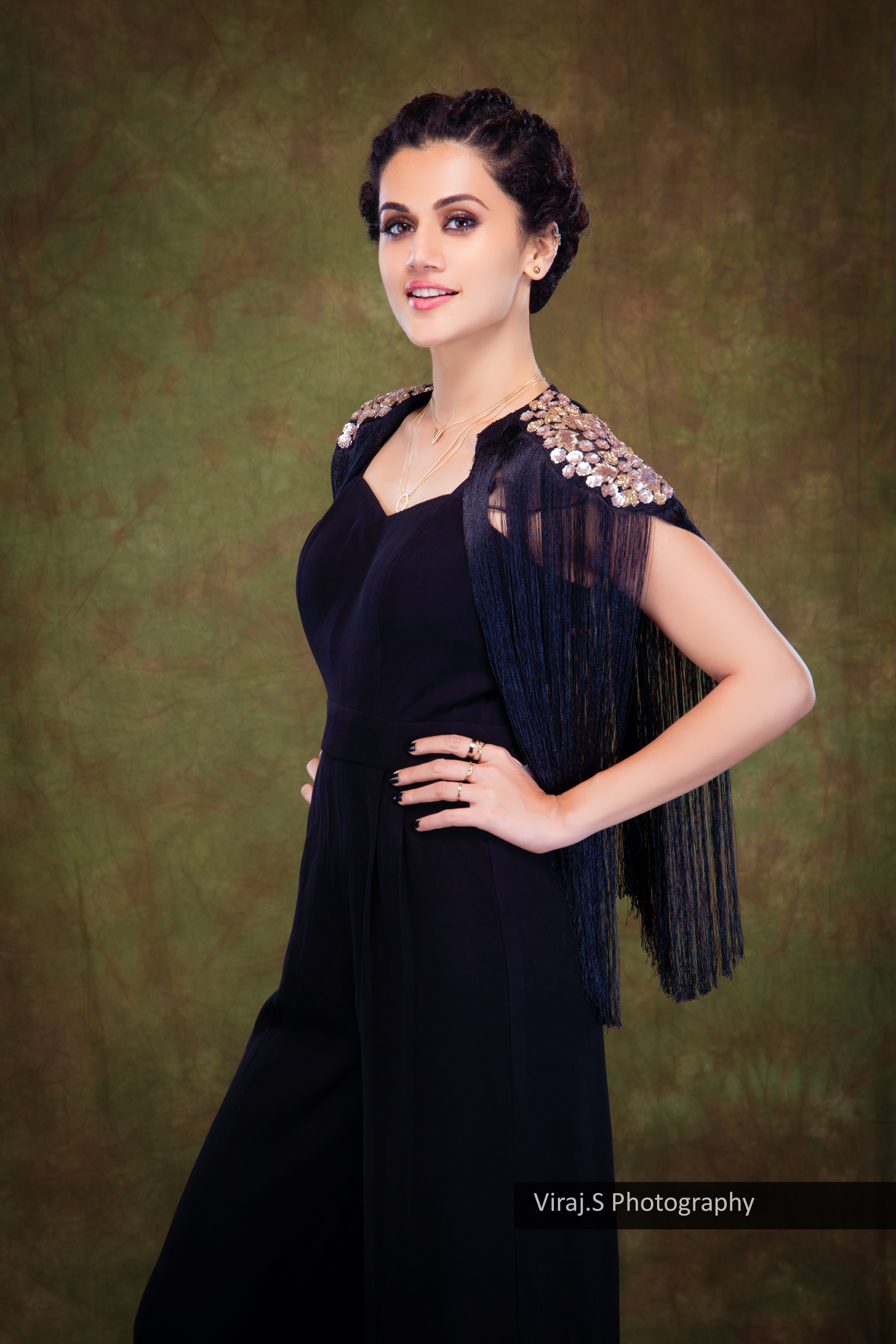 tapsee1