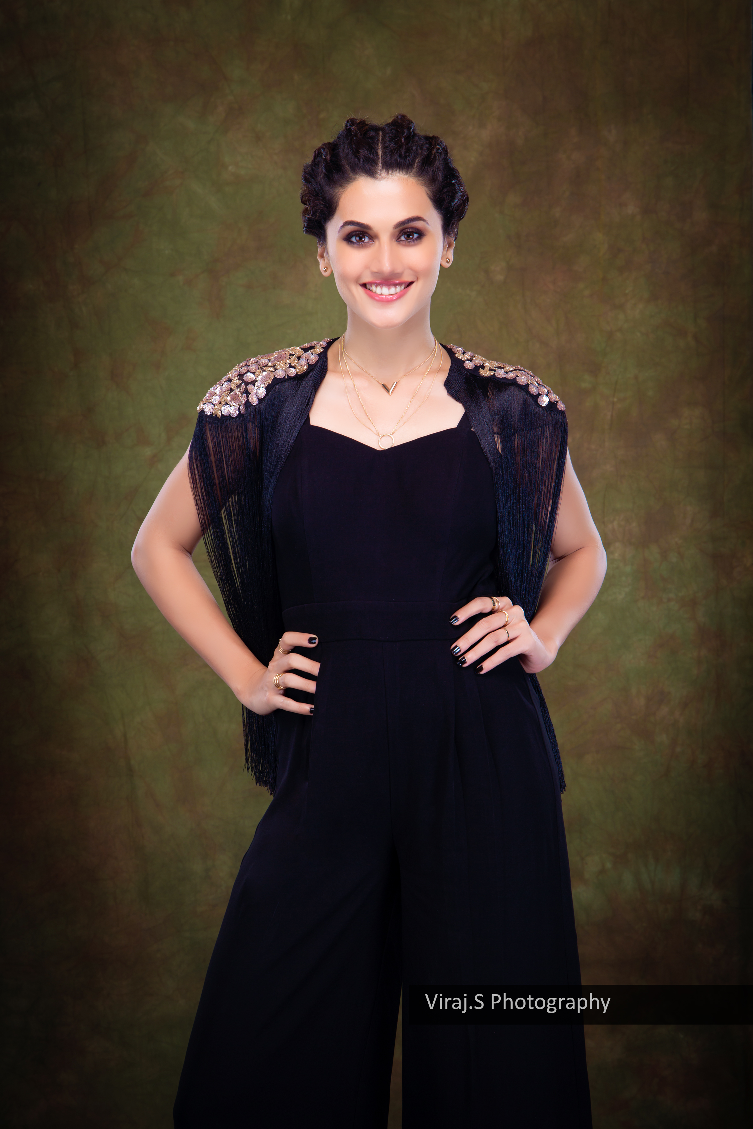 tapsee2