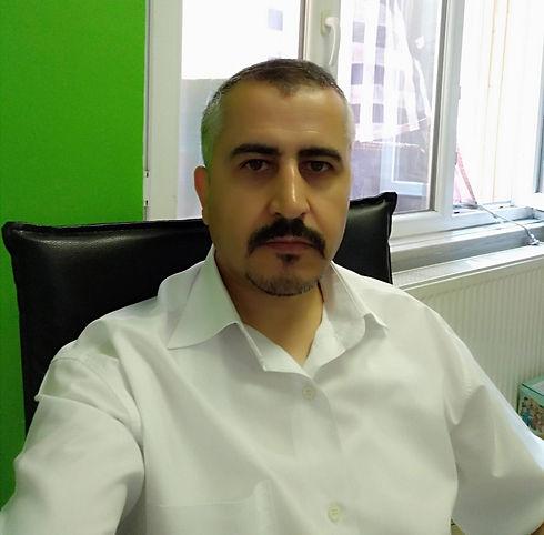 Erkan Gökdağ Wix Web Tasarım Uzmanı bilgisayarının başında sizin için çalışıyor.