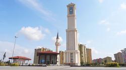 Başakşehehir_Meydan_ve_Saat_Kulesi_(4)