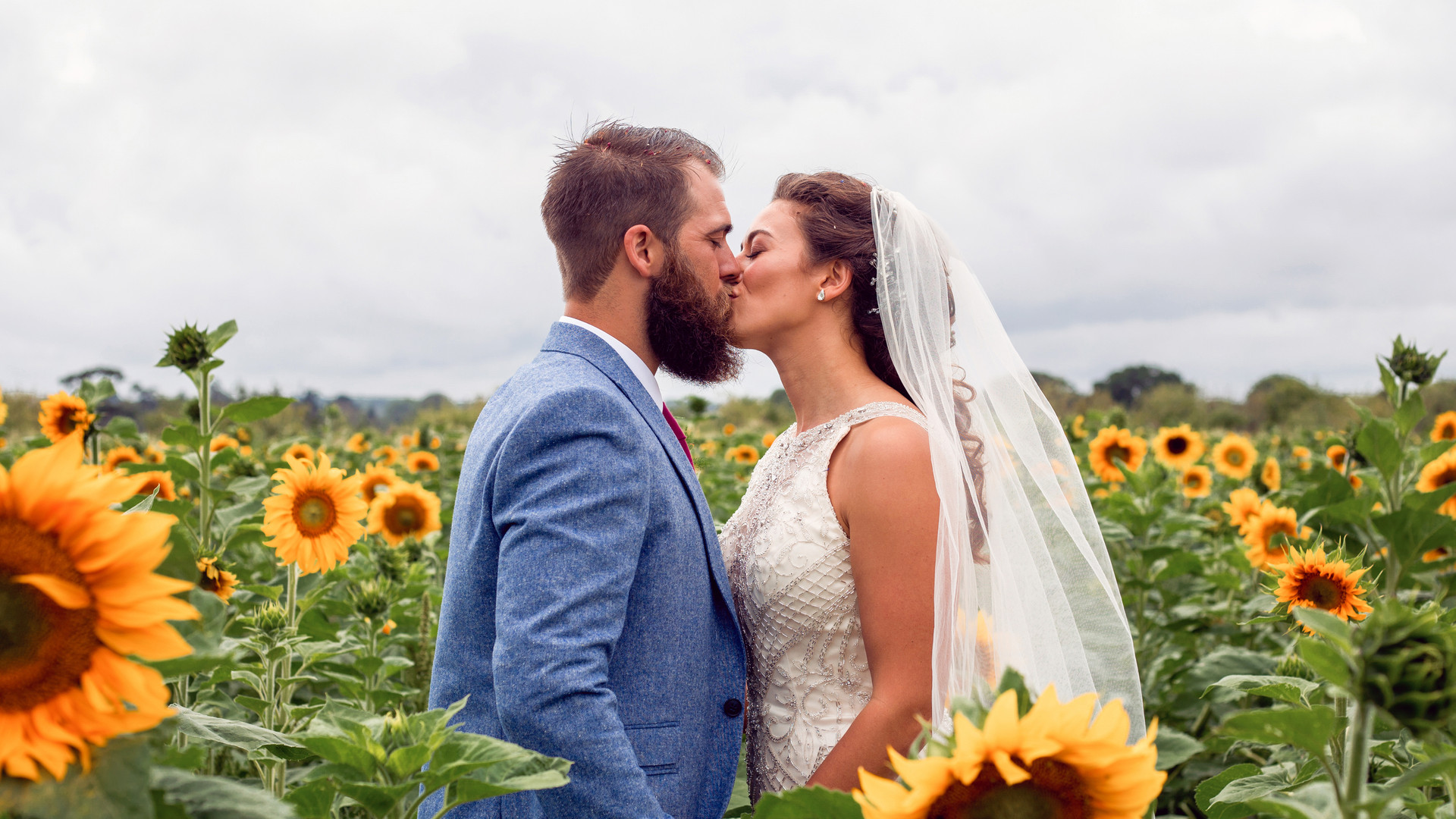 Sunflower wedding kiss