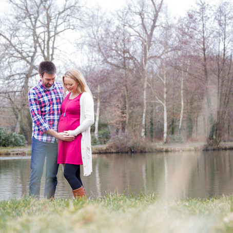 WINTER MATERNITY PHOTOSHOOT WEST SUSSEX
