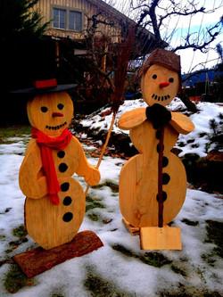 Schneemänner aus Holz Winterdeko