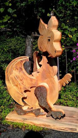 Drache aus Holz