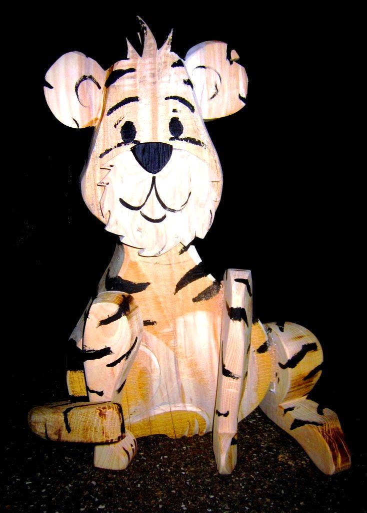 Tiger aus Holz