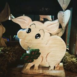 Glücksferkel mit Klee aus Holz