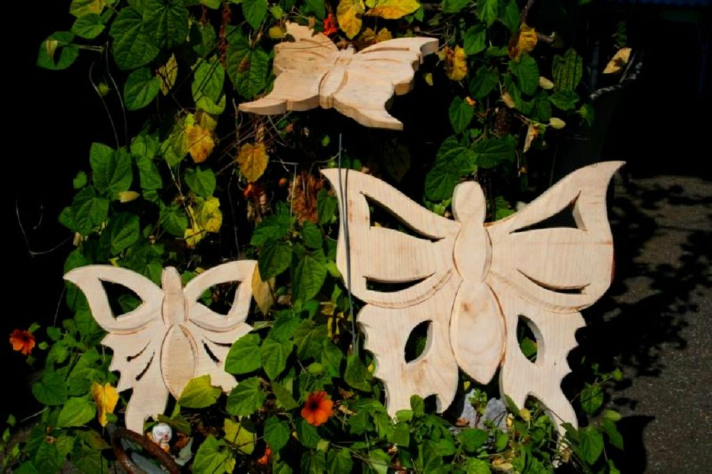 Schmetterlinge aus Holz