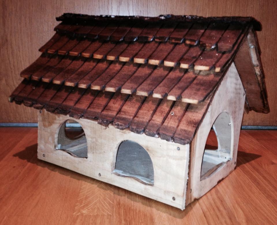 Vogelhäuschen aus Holz