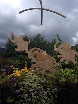 Ziehtier aus Holz Elefant