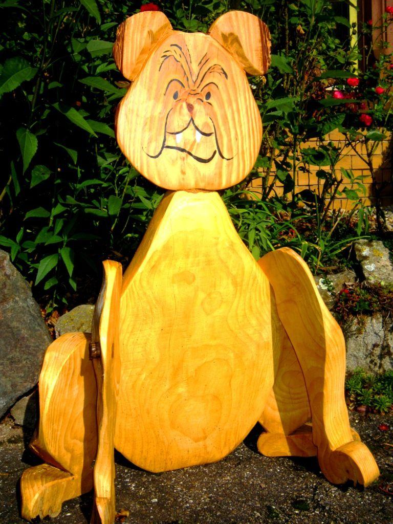Bulldogge Dekoration aus Holz