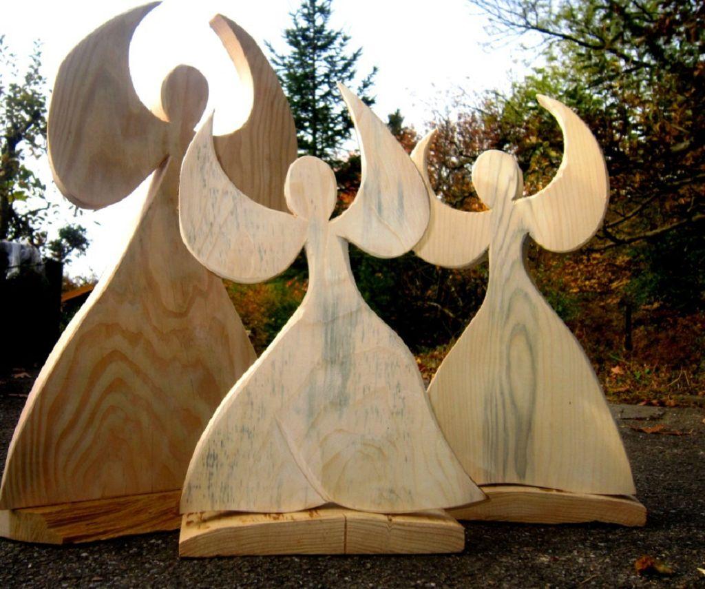 Weihnachtsengel aus Holz