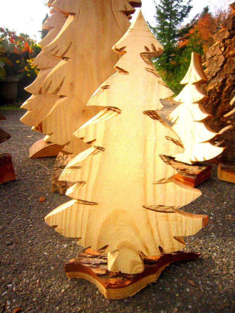 Tannenbaum aus Holz