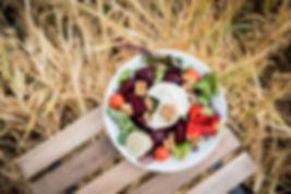 Chevre rödbetssallad Bärhandel Odlare Jordgubbsodling  Självplockning  Vinbär Gårdscafe Grönsaker Potatis Gårdscafé Grönsaksförsäljning Jordgubbsförsäljning Nypotatis Bärodlare Bärplockning Bär Gårdsbutik Cafe Julgransförsäljning Jordgubbar Färskpotatis Julgranar Självplock Bärförsäljning Jordgubbskafé Vareborgd