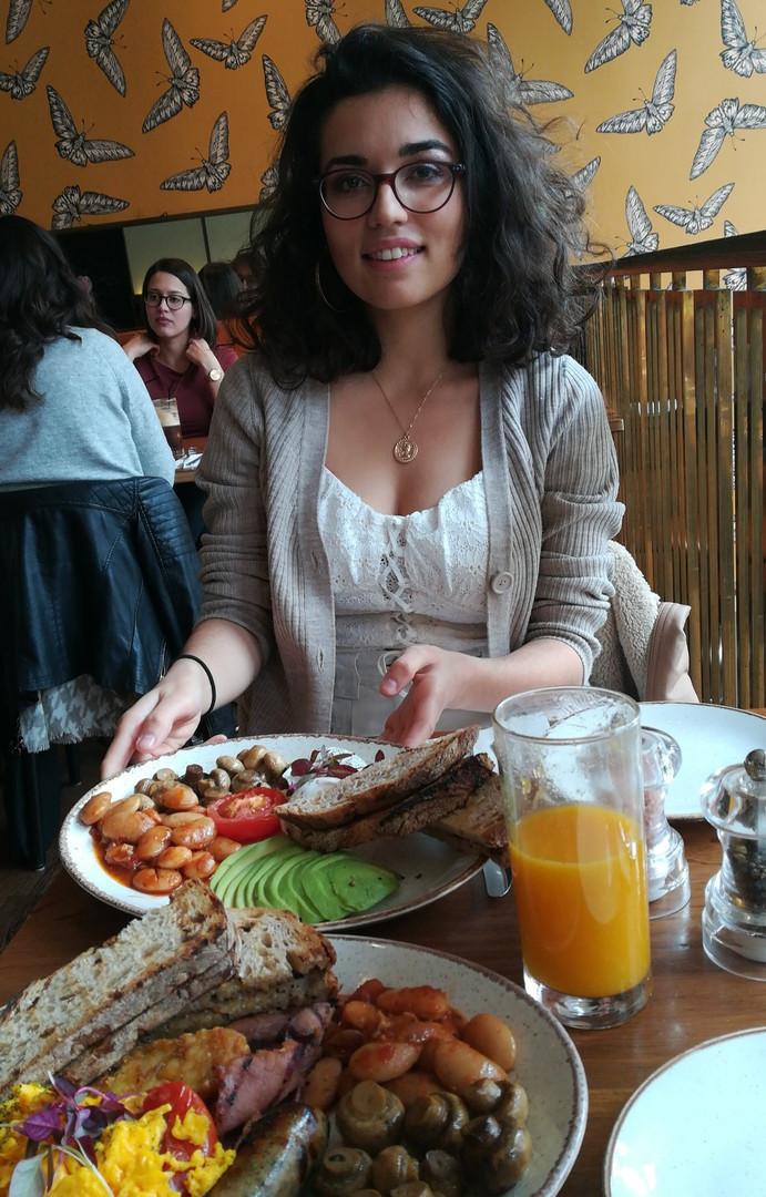 breakfast in london.jpg