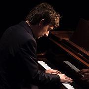 piano-768x768.jpg